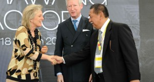 Demiz Dampingi Putri Astrid Resmikan Pabrik Papan Fiber Semen di Karawang