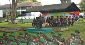 Pangdam III/Siliwangi, Kunjungi Yonif 301/PKS