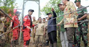 Gubernur Aher Tinjau Lokasi Rawayan di Kabupaten Sumedang