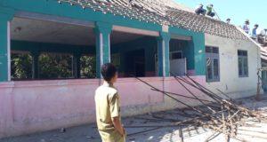 Kuwu Sumberkidul Fokuskan Banprov Untuk Rehab Kantor Desa