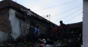 Rumah Nenek Iyah Hangus Dilahap Si Jago Merah