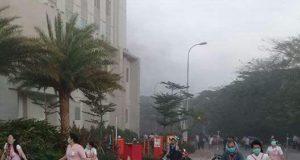 RS Omni Terbakar, Seluruh Pasien Panik