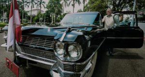 Cerita Gubernur Jabar Kendarai Mobil Kuno Di Gedung Pakuan