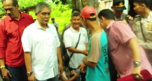 Mulyana yang Sekeluarga Tinggal di Kandang Ayam, Dapat Bantuan Rumah dari Presiden Jokowi