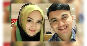 Berhembus Kabar, Perceraian Sahrul Gunawan – Indriana Karena LGBT