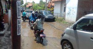 Rusak Parah, Bina Marga Segera Perbaiki Jalan Kalipasung – Serang