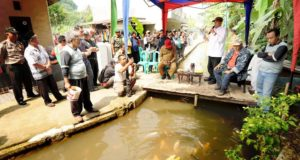 Eco-Village, Warga Bendungan Panen Ikan Dari Selokan