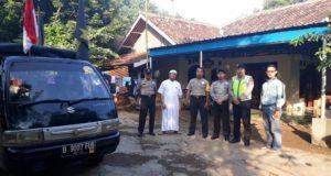 Massa FMB Kecamatan Setu Kawal Persidangan Ahok
