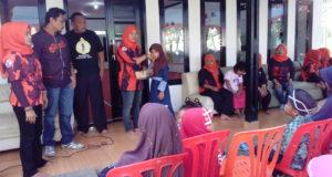Sunatan Masal Srikandi, Ajak Anak Yatim Belanja Langsung ke Pasar