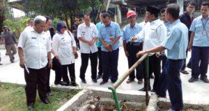 Aksi Koboy Kang Jimmy Bikin Girang Camat dan Kades