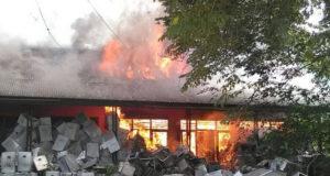 Kantor KPUD Kabupaten Bekasi Ludes Terbakar