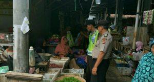 Polsek Babakan Gencar Monitoring Harga Sembako