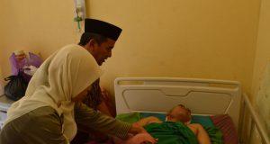 Sedang Pulas Tidur, Castro Dibacok Orang Tak Dikenal