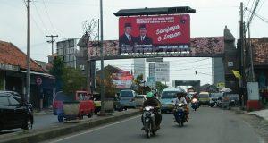 Alat Peraga Kampanye Yang Masih Terpampang, Besok Harus Sudah Bersih