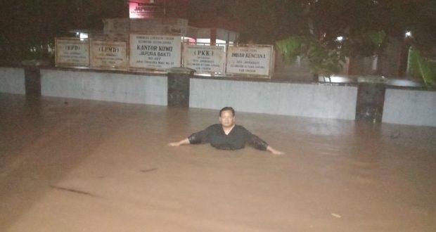 Banjir Di Japura Bakti Setinggi Dada Orang Dewasa, Tanggungjawab Pemkab Cirebon Atau Jasamarga?