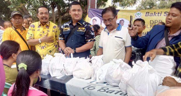 DPD Golkar dan DPP AMPI Bantu Korban Banjir Gunung Jati