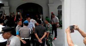 Lapas Cirebon Ricuh Gara-gara HP Napi Dirazia