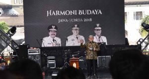 Aher Kutuk Keras Bom Surabaya