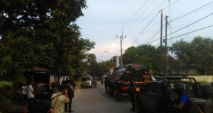 Densus 88 Amankan Pedagang Cilok Di Cirebon